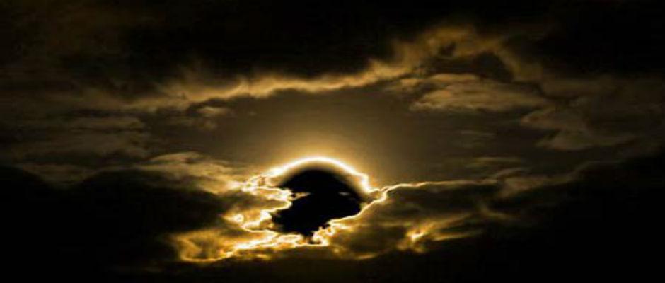 New Jersey by Night - O Paradoxo da Razão  O-ascender-do-sol-negro