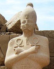 449px-Karnak_Tempel_14-copyright-Olaf-Tausch-1April2009-_crop