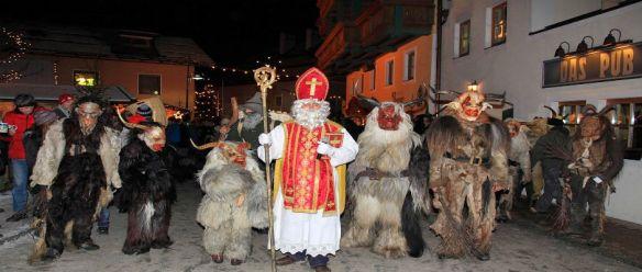 O Lado Escuro do Natal A Árvore de Nimrod e o Culto Anunnaki