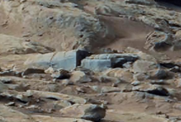 Imagens da NASA mostram estruturas na superfície de Marte 3