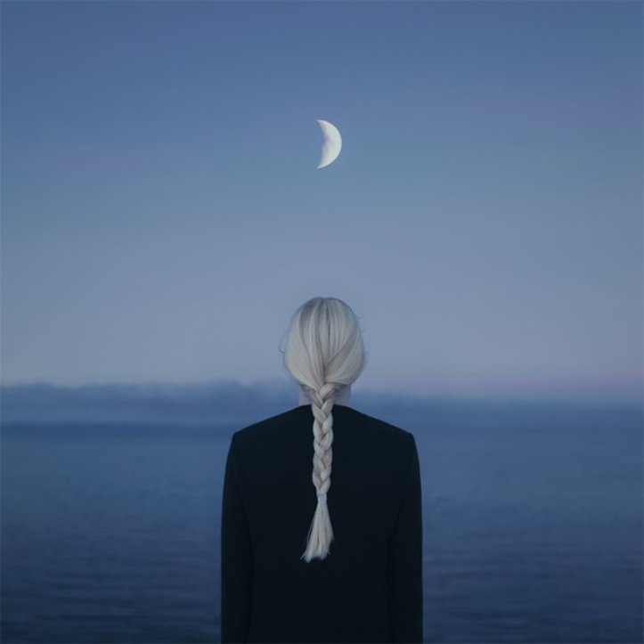 Fotógrafo cria retratos marcantes que capturaram a beleza da solidão 2